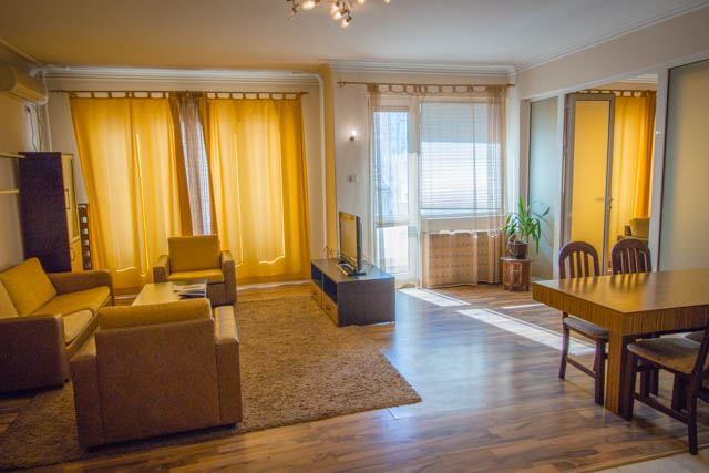 self catering 1 bedroom Sofia center, Vitosha Blvd 4