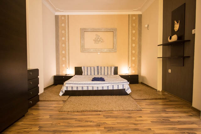 self catering 1 bedroom Sofia center, Vitosha Blvd 7