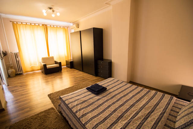 self catering 1 bedroom Sofia center, Vitosha Blvd 6